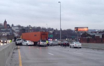 В Массачусетсе столкнулись 70 машин, десятки госпитализированы