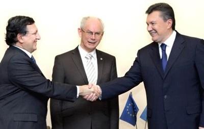 Янукович договорился с Баррозу: Еврокомиссия примет делегацию Украины для обсуждения ассоциации