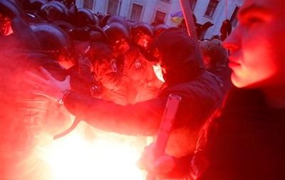 В больницы Киева попали 139 человек, пострадавших в результате столкновений