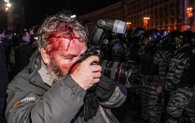 Милиция открыла дела по 26 заявлениям журналистов, пострадавших во время столкновений в центре Киева - МВД