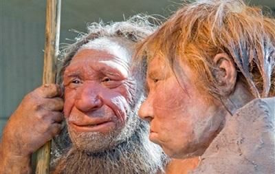 Неандертальцы предпочитали  трехкомнатные  пещеры