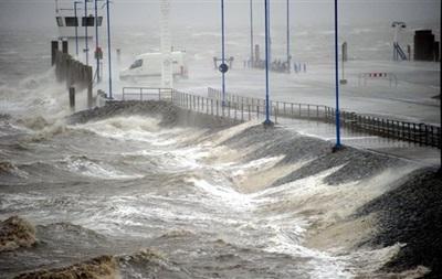 В Европе жертвами шторма стали десять человек