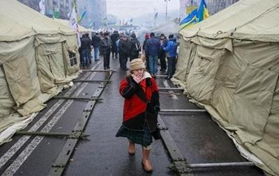 Сегодня в Киеве - Народное вече оппозиции, а также митинг Партии регионов