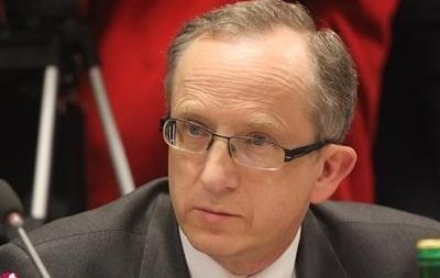 Посол ЕС: Заявление Азарова об однополых браках не имеет ничего общего с реальностью