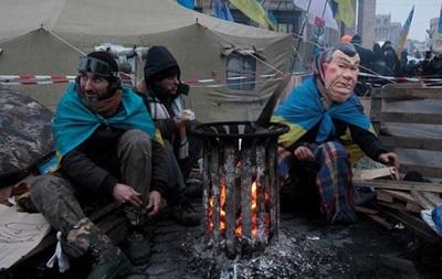 На Майдане Незалежности находится около 10 тысяч человек