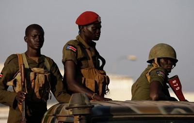 Повстанцы в Южном Судане обстреляли два военных самолета США
