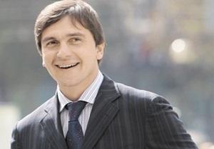 Бютовец Бондарев заявил, что его заставляют стать  тушкой