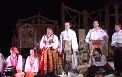 В Черкассах актеры театра прервали выступление, чтобы сообщить о задержке зарплаты