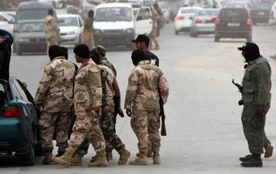 Террорист-смертник устроил взрыв на въезде на военную базу в Ливии, есть жертвы