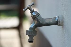На Луганщине более 20 тысяч человек остались без воды