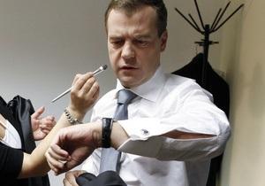 Пенсионный калькулятор предсказал Медведеву пенсию в 70 тысяч рублей
