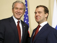 Медведев расскажет Бушу о последствиях вступления Украины в НАТО