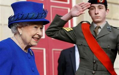 Пресса Британии: рождественский поцелуй королевы