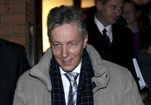 Первый министр Северной Ирландии попросил коллегу по партии временно занять его место