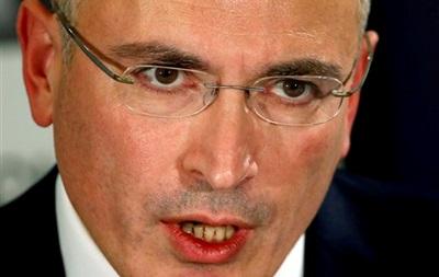 Пресса России: Ходорковский - Путин: борьба авторитетов