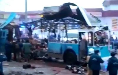 В Волгограде от взрыва в троллейбусе утром 30 декабря погибло не менее 10 человек