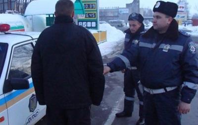 Водитель Мерседеса сбил гаишников в Яремче, спровоцировав настоящую погоню