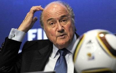 Блаттер хочет обсудить возможность временных удалений футболистов-симулянтов