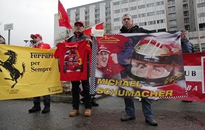 Фанаты Ferrari молча поздравили Шумахера с Днем рождения
