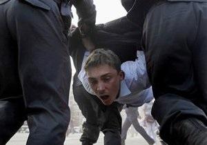 Верховный суд РФ разрешил полицейским применять силу против митингующих. Адвокаты связывают решение властей с  болотным делом