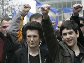 Бурджанадзе: Началась революция. На поддержу РФ мы рассчитывать не собираемся