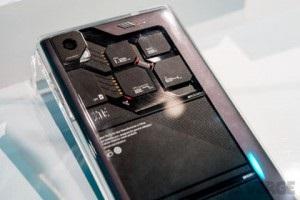 Собери телефон сам: На CES 2014 показали модульный смартфон