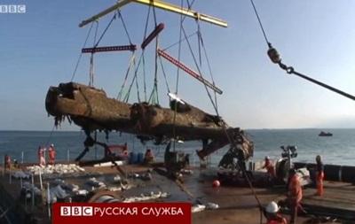 Как реставрируют нацистский самолет, поднятый со дна - BBC
