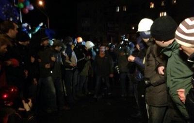 На видео событий возле Киево-Святошинского суда отсутствует момент избиения Луценко - МВД