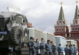 Из Москвы и Санкт-Петербурга поступают новые сообщения о задержаниях участников акций протеста