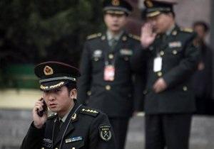 В Китае шеф полиции уволен за продвижение по службе своих любовниц-близнецов