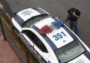 На мексиканской вечеринке преступники расстреляли 17 человек