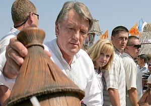 Ющенко попросит Януковича разрешить провести в Украине Всемирный конгресс пчеловодов