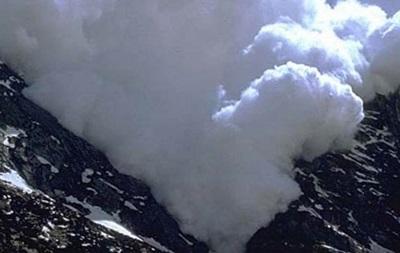 Гидрометцентр предупреждает об опасности схода снежных лавин в Закарпатской области