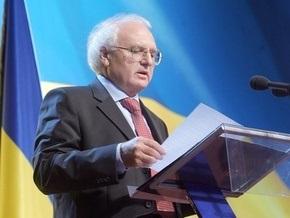 Министр: Кабмин не обязывал общаться в школах исключительно на украинском