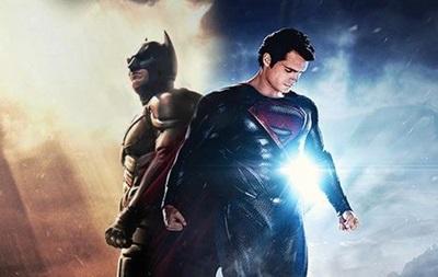 Встречу Бэтмена и Супермена отложили на год