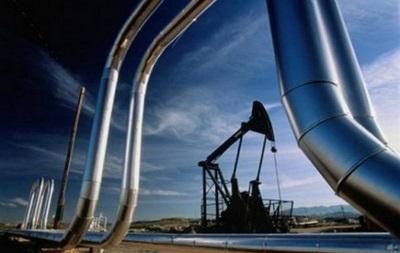 Фьючерсы на нефть дешевеют