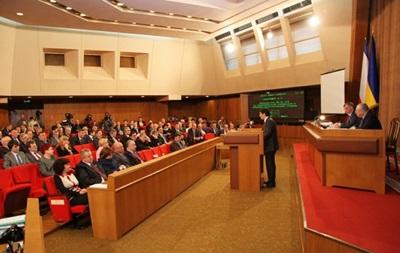 Крымский парламент обвинил лидеров оппозиции в провоцировании кровопролития