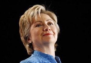 В биографической ленте о Хиллари Клинтон может сыграть Скарлетт Йоханссон
