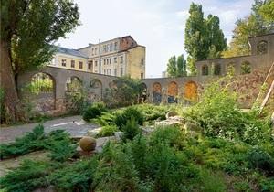 Укромный уголок. Киевская квартира с выходом в сад