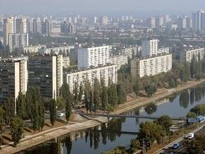 Житель Русановки в одних трусах преследовал грабителя