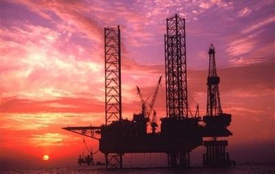 Фьючерсы на нефть показали снижение