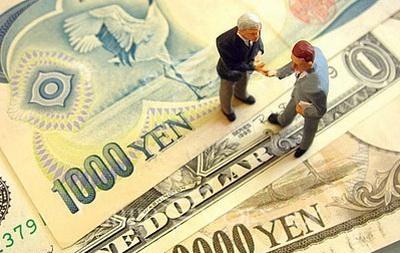 Доллар на Forex растет к рублю и иене