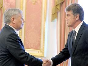 Ющенко хочет вернуть Еханурова в кресло министра