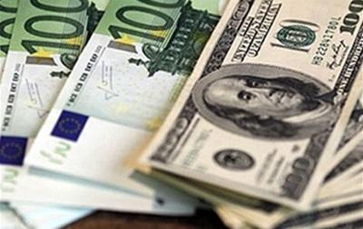 Доллар на межбанке торгуется без изменений