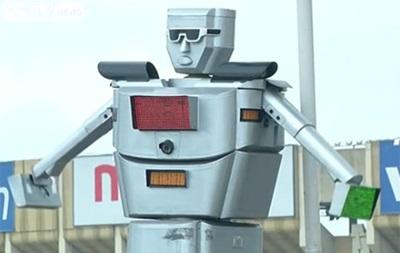 В Конго уличным движением управляет робот
