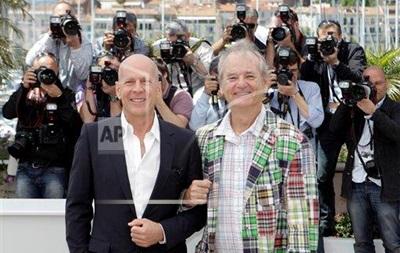 Брюс Уиллис и Билл Мюррей снимутся в комедии про афганский конкурс талантов