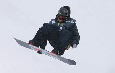 Норвежский сноубордист сломал ключицу на тренировке в Сочи