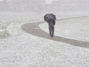 Снегопады парализовали Австрию, в Польше 100 тысяч человек остались без света