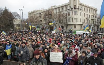 В Харькове сожгли  денежную помощь, которую собрали для активистов Майдана – депутат