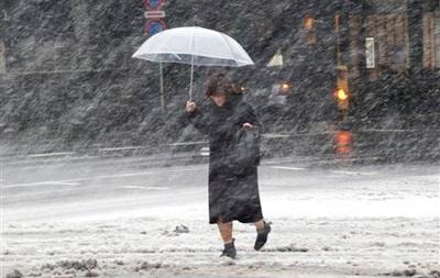 Число погибших из-за сильного снегопада в Японии возросло до семи человек